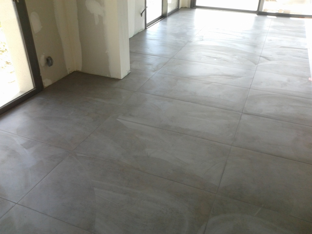 Pose de carreaux grand format niollet coordination for Joints de carrelage